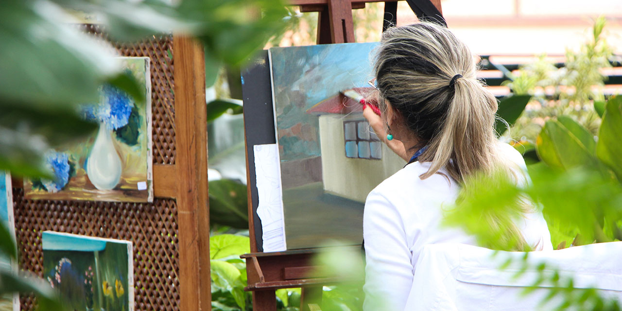 Surprising Ways Art Therapy Can Help You Cope with Cancer