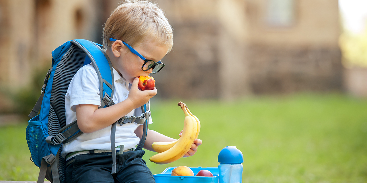 4 Tips for Getting Kids to Eat Better at School