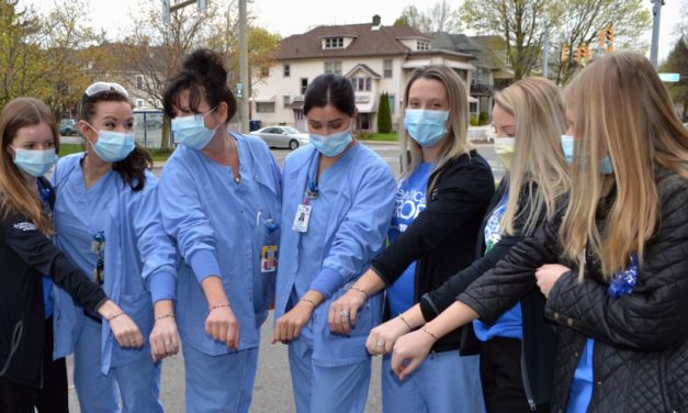 """Southtowns Dental and Graeber Jewelers Donate """"We Are Kind"""" Bracelets to Mercy Hospital Staff"""